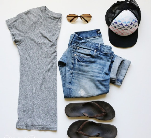 gray-tee-and-hat-wm